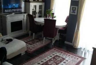 Apartament de vanzare, 3 camere, 67 mp, zona Terra, Floresti