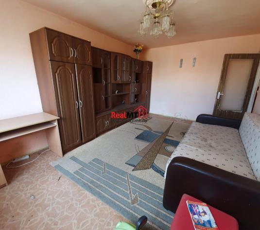 3 camere decomandat et 2. ampoi 3 - imagine 1