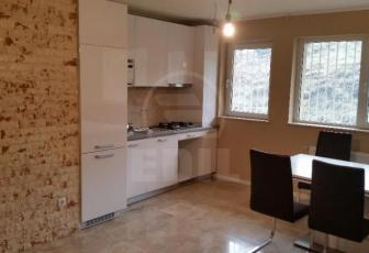 De Vanzare apartament 3 camere  in constructie noua, 69 mp, semidecomandat, etaj parter/4 in Baciu, Baciu