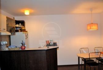 Apartament 3 camere, Central