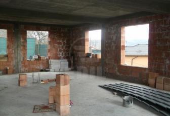 De Vanzare casa 6 camere  , parcare, 348 mp in Baciu, Baciu