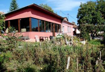 Casa 3 camere, Dambu Rotund