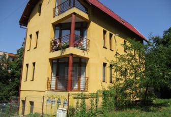 Case de vânzare 4 camere Cluj-Napoca, Manastur