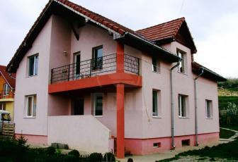 Case de vânzare 6 camere Cluj-Napoca, Iris