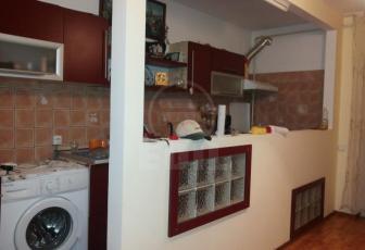 De Vanzare apartament 3 camere  in constructie noua, parcare, 64 mp, semidecomandat, etaj 1/2 in Floresti, Floresti