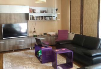 Apartament de vanzare 3 camere  in constructie noua, parcare, 100 mp, semidecomandat, etaj 3/3 in Floresti, Floresti