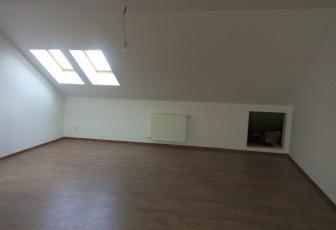 3 Camere  de vanzare in constructie noua, 72 mp, semidecomandat, etaj 3/3 in Floresti, Floresti