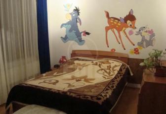 De Vanzare 3 camere  , 65 mp, semidecomandat, etaj 1/4 in Floresti, Floresti