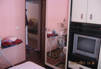 De Vanzare 3 camere  , 65 mp, decomandat, etaj parter/4 in Floresti, Floresti