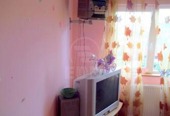 De Vanzare 2 camere  , 41 mp, semidecomandat, etaj 5/5 in Floresti, Floresti