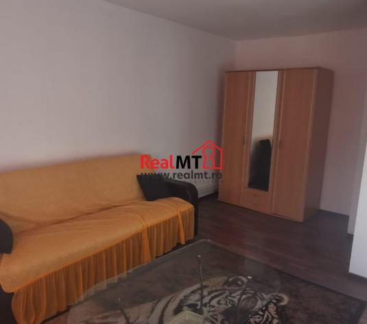 Apartament parter inalt, Centru - imagine 1