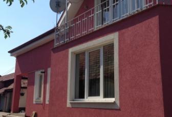 Casa de vanzare 4 camere  in constructie noua, parcare, 160 mp in Floresti, Floresti