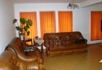 De Vanzare casa 4 camere  , parcare, 127 mp in Floresti, Floresti