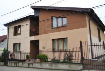 Case de închiriat 6 camere Cluj-Napoca, Manastur