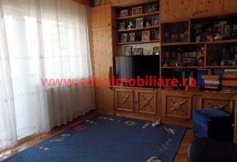 Apartament 3 camere de vanzare in Cluj, zona Marasti, 79000 eur