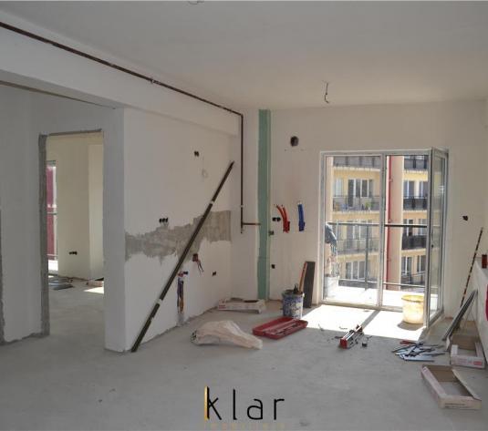 Vanzare apartament 3 camere, zona Petrom , Calea Baciului - imagine 1
