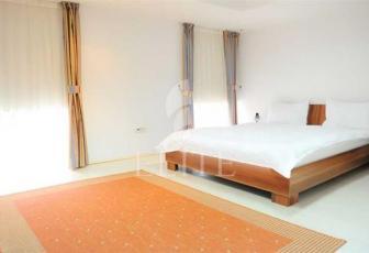 Vanzare Apartament 4 Camere CENTRAL Zona Piata Unirii