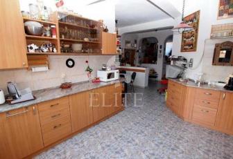 Vanzare Casa 4 Camere In GRUIA Zona Gruia