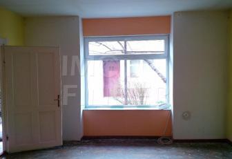 Vanzare apartament  2 camere zona Centrala, nerenovat