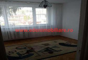 Apartament 3 camere de vanzare in Cluj, zona Grigorescu, 80000 eur