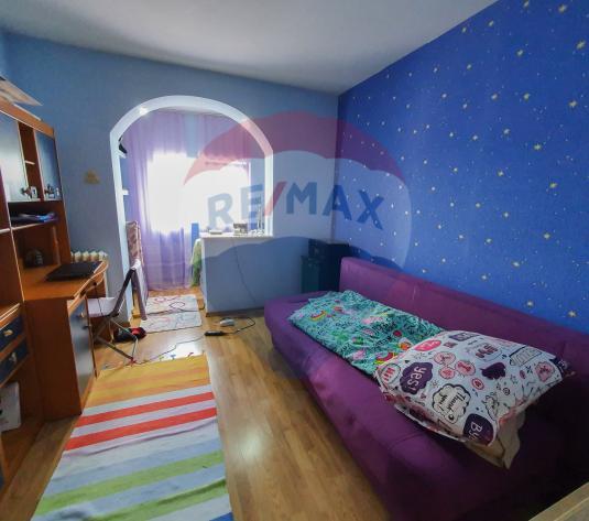 Apartament 3 camere Trivale - imagine 1