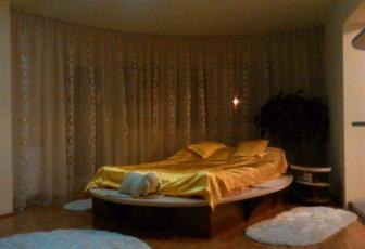 Casa 5 camere de vanzare Dambul Rotund