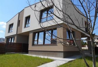 Vanzare case tip duplex cu 260 mp teren