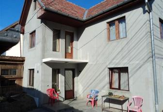 Casa 3 camere teren 400mp front 30ml