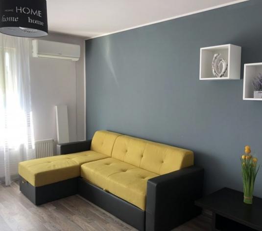 Va propunem spre inchiriere apartament modern cu 2 camere decomandate, in cartierul Intre Lacuri - imagine 1