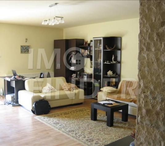 Vanzare apartament cu 2 camere in bloc nou, 78 mp + terasa, garaj