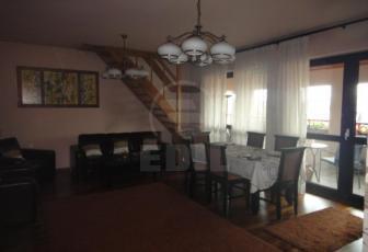 De Vanzare 4 camere  , garaj, parcare, 170 mp, decomandat, etaj 4/4 in Andrei Muresanu, Andrei Muresanu